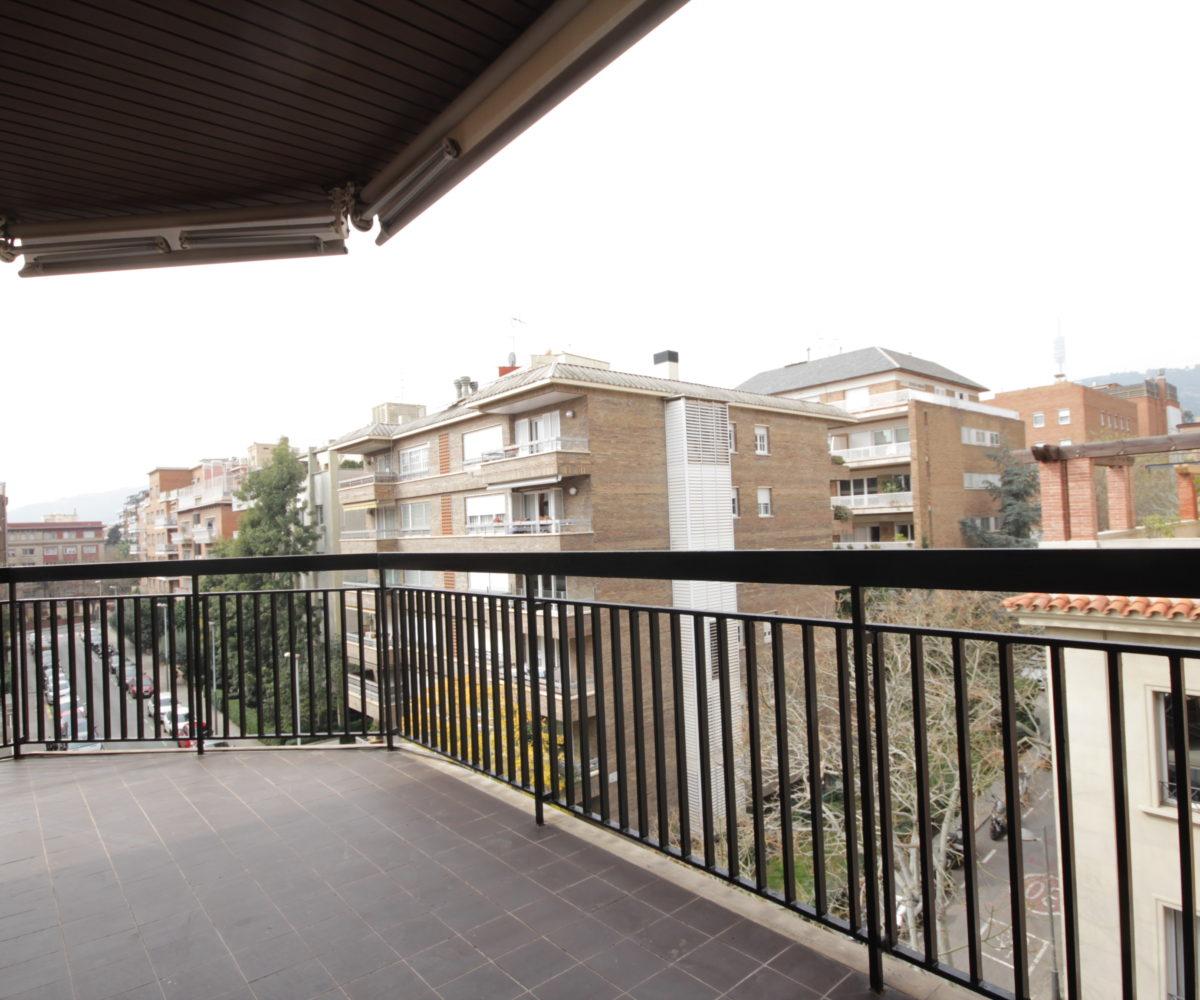 Piso reformado de 161 m2 en Tres Torres / St. Gervasi