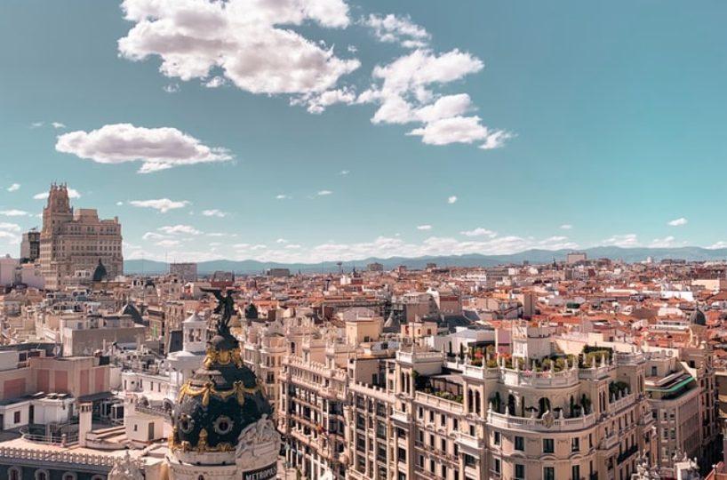 Madrid y Barcelona dentro de las 20 mejores ciudades para los jóvenes que quieren comprar una vivienda