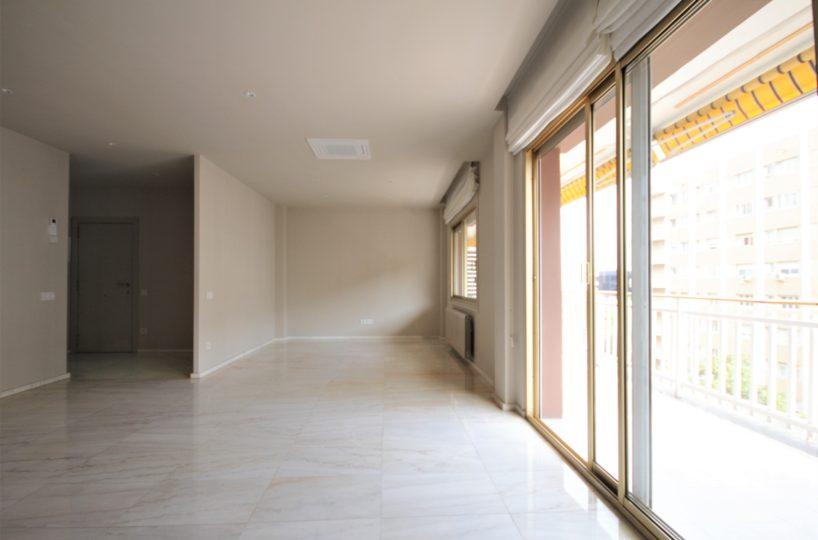 Piso alto, soleado y exterior de 125 m2 en Sarriá / Pedralbes.