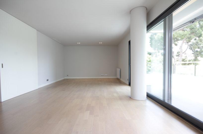 Exclusivo piso reformado de 154 m2 en finca seminueva de Tres Torres.