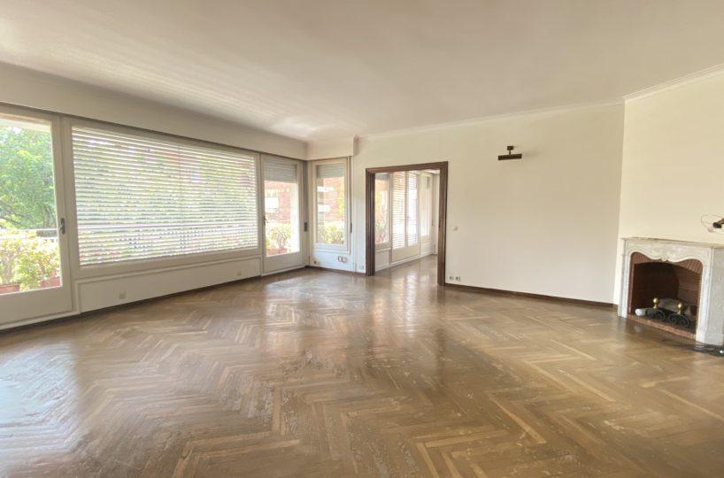 Gran piso de 284 m2 más 45 m2 de terraza en zona Bonanova.